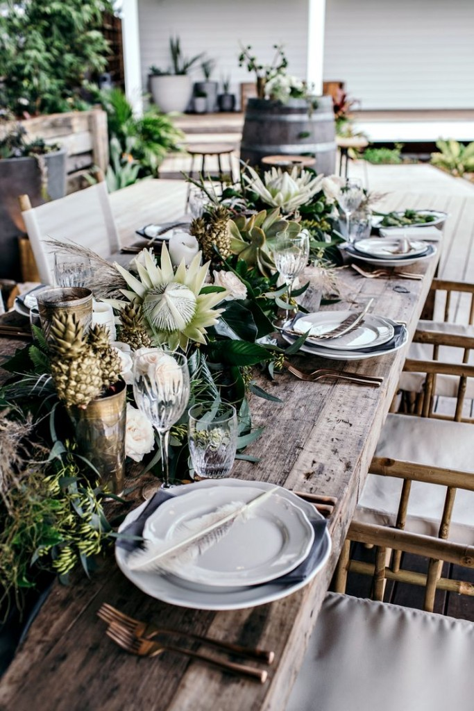 585176e71c1b0f580ab3ec41082f4965--outdoor-table-settings-outdoor-dining-tables